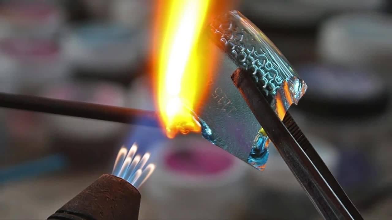 BajaTiki Glass Bead Making Classes in Baja with Paradise Lampwork